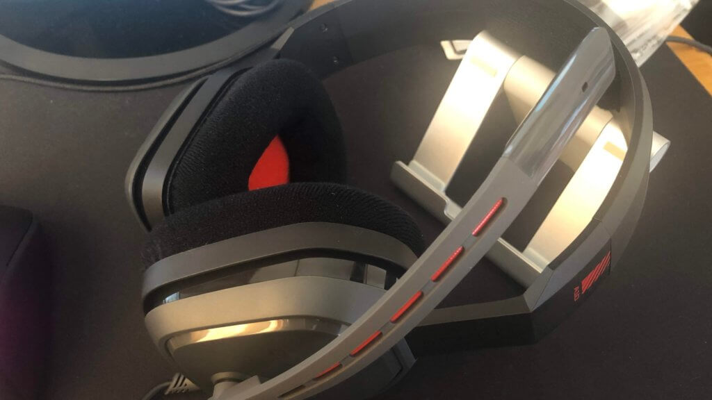 astroヘッドセットA10